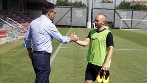 Bartomeu y Andrés Iniesta hablaron sobre la renovación del capitán