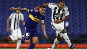 Boca Juniors se mantiene en el primer lugar de su grupo