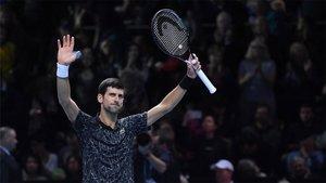 Djokovic celebrando la victoria ante Zverev
