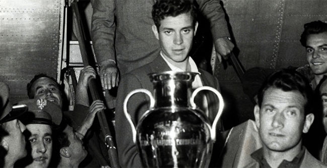 Final Champions Real Madrid - AC Milan (3-2). 1957 - 1958