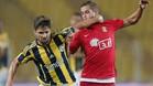 Goran Causic -derecha- llega a Osasuna de la liga turca