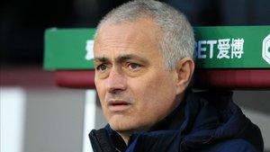Mourinho, en la cuerda floja