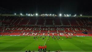Old Trafford aguarda al Manchester United - Sevilla