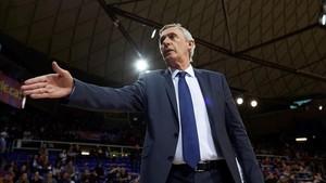 Pesic pasa página a las victorias y quiere todos centrados en el Burgos