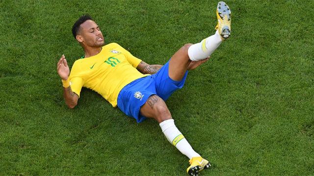 El plan del entorno de Neymar para que el brasileño deje de ser un meme viral