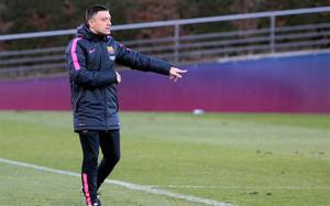 Toda la estructura técnica del fútbol base está pensada con la premisa de que García Pimienta sea el entrenador del Barça B