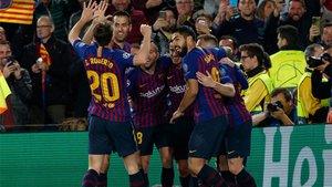 ¡Tremendo gol de Coutinho para sellar la clasificación! (ES)