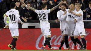 Una victoria del Valencia podría garantizar su ingreso a los puestos de clasificación europea