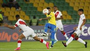 Yuriel Celi ya registra varios partidos en primera división con tan solo 18 años