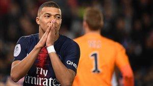 Ante la plaga de ausencias, Mbappé será única referencia del PSG ante el Nantes
