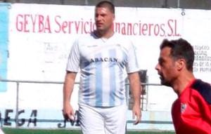 Diego Tristán sigue jugando a fútbol... pero a otro ritmo