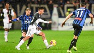 El Papu Gómez y Dybala, dos argentino al frente de Atalanta y Juventus