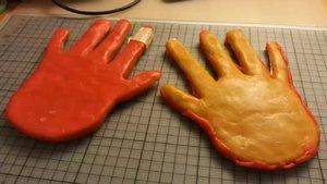 Unas manos de cera consiguen burlar escáneres