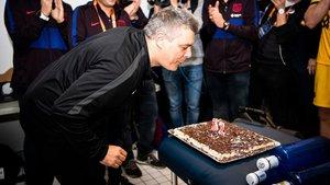 Xavi bufó las velas de su aniversario con una nueva Copa