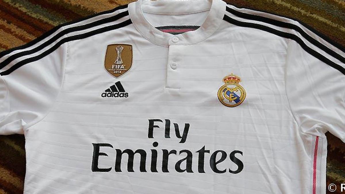 c2ae5d2c9f740 La nueva camiseta del Real Madrid de un extraño color azul