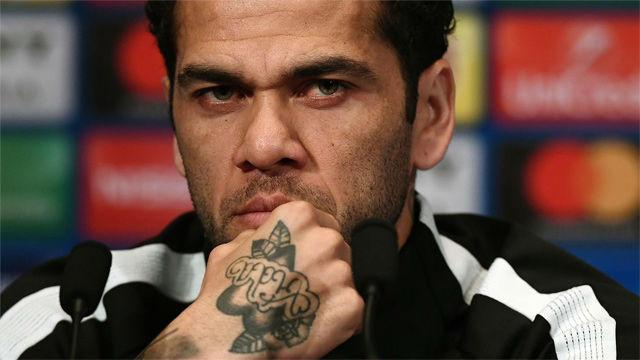Alves habla sobre la ausencia del Neymar