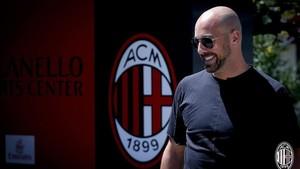 El conjunto londinense pagaría 8 millones de euros por el portero, que ya fue dirigido por Sarri en el Napoli
