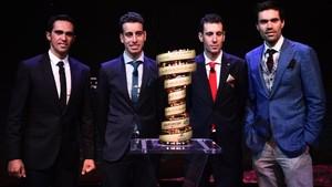 Contador, Aru, Nibali y Dumpulin en la presentación del Giro 2018