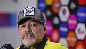 Diego Maradona dirige actualmente al Dorados de Sinaloa