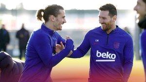 Griezmann y Messi, en el entrenamiento de esta mañana