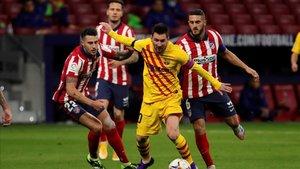 Leo Messi sufrió férreos marcajes por parte del Atlético