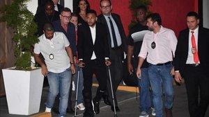 La lesión de Neymar preocupa al Barça