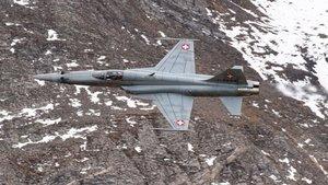 Los suizos dicen sí a la adquisición de nuevos cazas de combate