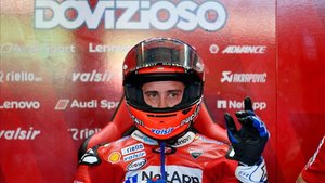El piloto de Ducati en el box en San Marino