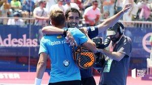 Piñeiro y Ruiz celebran el triunfo ante Maxi y Sanyo