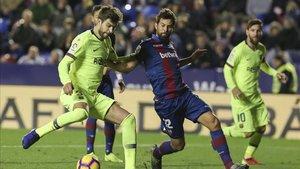 Piqué marcó el quinto gol del FC Barcelona ante el Levante
