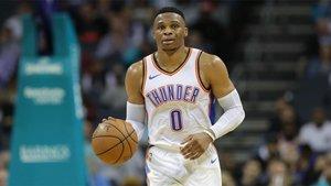 Russell Westbrook cambia oficialmente los Oklahoma City Thunder por los Houston Rockets