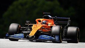 Sainz tuvo problemas de balance en su monoplaza durante la clasificación