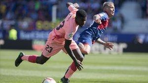Samuel Umtiti completó un buen partido en Huesca