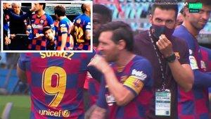 Sarabia intentó sin éxito dar instrucciones a Messi y Rakitic durante la pausa de hidratación
