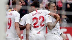 El Sevilla registra un paso perfecto en el torneo