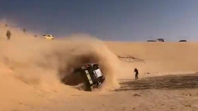 El susto de Fernando Alonso en el Dakar: ¡Menudo revolcón!