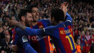 El tridente protagonizó una nueva exhibición futbolística ante el Sevilla