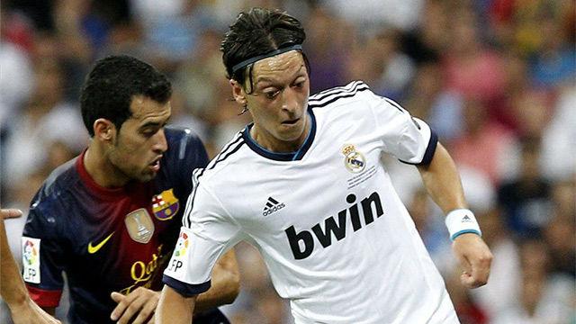 Uno de los mejores partidos de Ozil contra el FC Barcelona