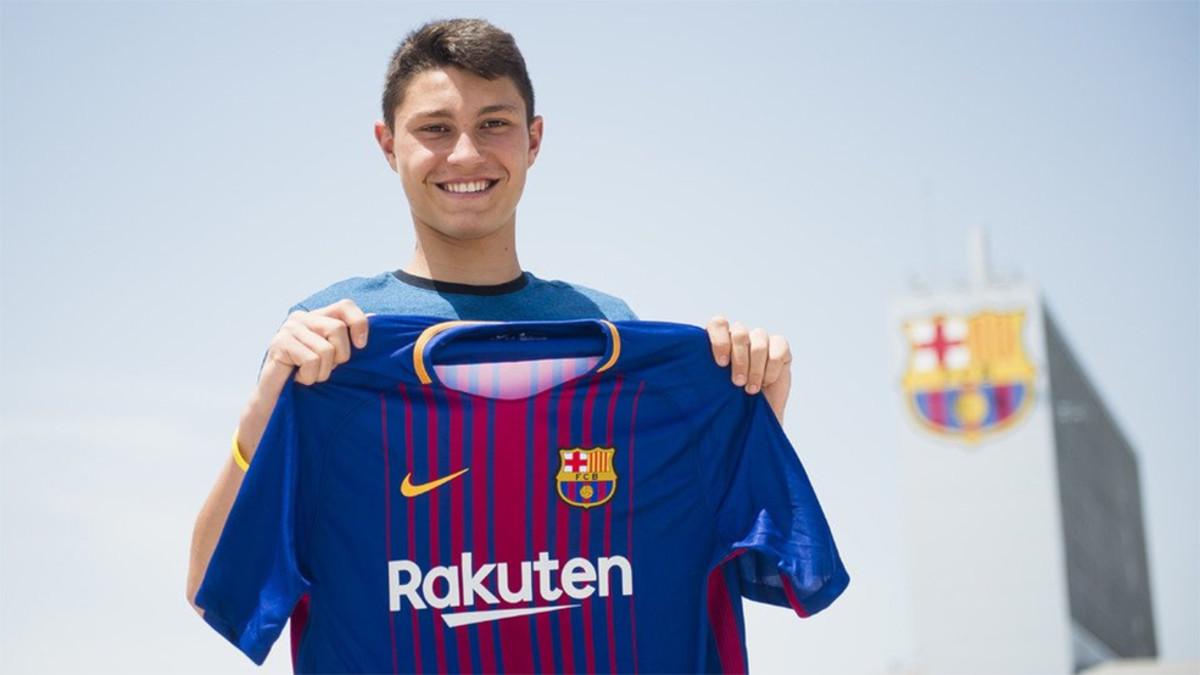 Jorge Cuenca es el sexto fichaje del Barça B 8a233ae5529c3