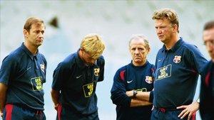 Andries Jonker fue la mano derecha de Louis Van Gaal en el FC Barcelona