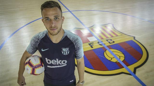 Arthur revela qué consejos le está dando Valverde