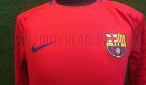 80a9ccfa4 FC Barcelona's new goalkeeper shirt for the 2017 2018 season