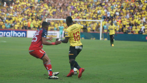 Barcelona ganó cómodamente en Ecuador