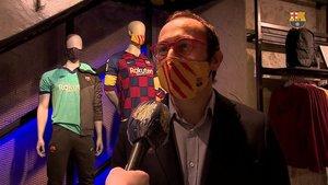 El directivo Oriol Tomàs en la Barça Store del Paseo de Gràcia