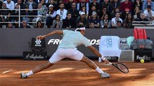 Federer solventó la jornada maratoniana