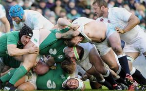 Los verdes sacaron su gran poderío físico ante Inglaterra