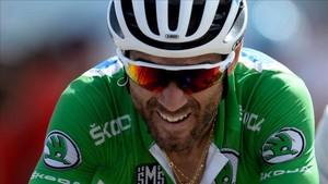 Valverde se prepara para un mano a mano con Simon Yates.