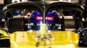 Alonso, en el cockpit del Renault