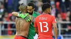 Arturo Vidal felicitó a Claudio Bravo