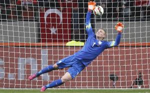 Cillessen (Ajax) es el elegido por el FC Barcelona. La prensa holandesa asegura que firmará por cinco temporadas y costará algo más de 14 millones de euros